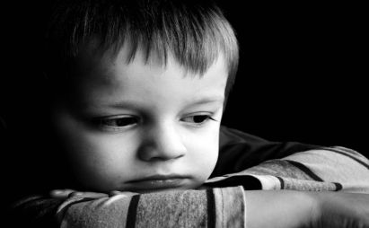 با خود ارضائی در دوران کودکی چه کنیم ؟
