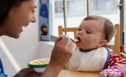 دو سال اول زندگی کودک خواب، غذا، نظافت و بازی-مهکام مجله اینترنتی آموزش خانواده