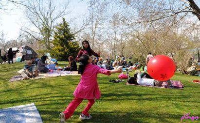 مهکام-خانواده شاد - بررسی شادی و خوشحال کردن دیگران از منظر روایات
