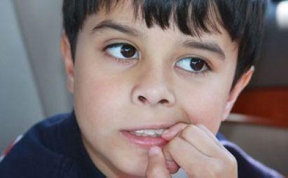 ناخن جویدن کودکان از شایعترین اختلالات روانی در کودکان