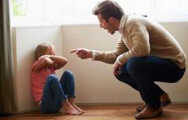 4 باور اشتباه والدین در تربیت فرزند – والدگری موفق