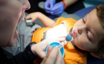 حل مشکل دندانپزشکی در کودکان اتیسمی