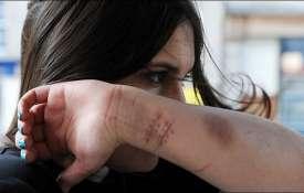 خودزنی و خودکشی نوجوانان چه تفاوتی با هم دارند ؟
