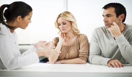 نکات مهم در مراجعه به مشاور خانواده و مشاور زناشویی