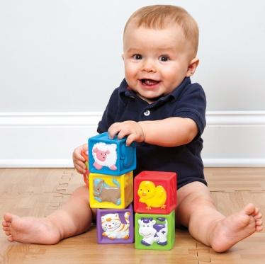 کودکان اوتیسم از بسیار باهوش تا به شدت عقب مانده